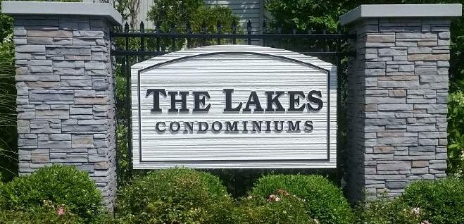 The Lakes at Larchmont